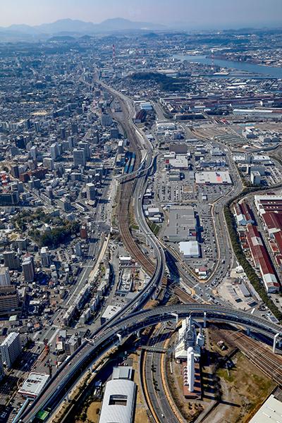 黒崎バイパス整備状況写真(都市高速東田入口付近上空から福岡方面を除く)