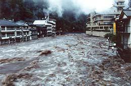 主な災害の概要:[10]梅雨前線...